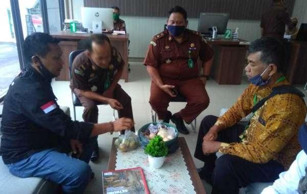 LSM dan Ormas Laporkan Dugaan KKN dalam Program Sembako ke Kejati Banten