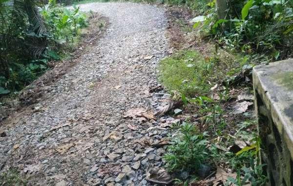 Proyek Pengerasan Jalan Desa Cibeunter Tuai Polemik di Masyarakat
