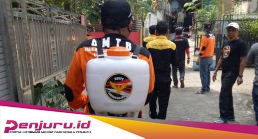 DPC KIM Kota Tangerang bidang BMTB lakukan penyemprotan Disinfektan - PENJURU.ID
