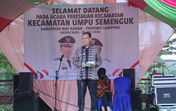 Sekretaris Daerah Provinsi Lampung Hadiri Peresmian Kecamatan Umpu Semenguk Kabupaten Way Kanan