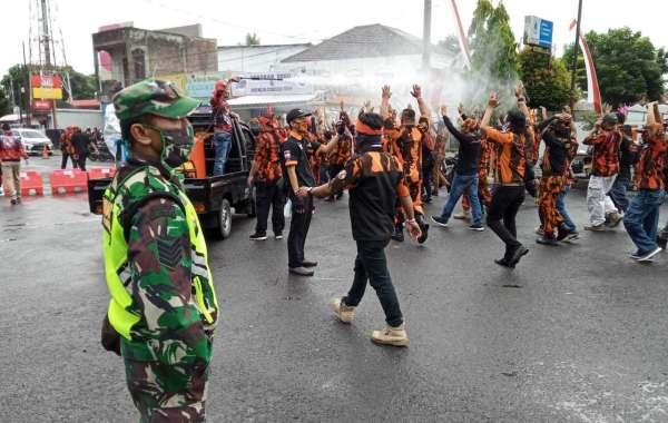 Demo Berbagai Ormas Didepan Gedung DPRD Purbalingga Minta Cabut RUU HIP