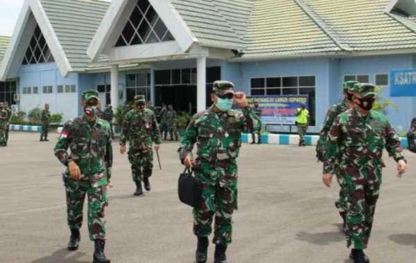 Pangdam XII/Tpr Sambut Kedatangan Asops Panglima TNI Untuk Cek Kesiapan operasi Yonif 642/Kps