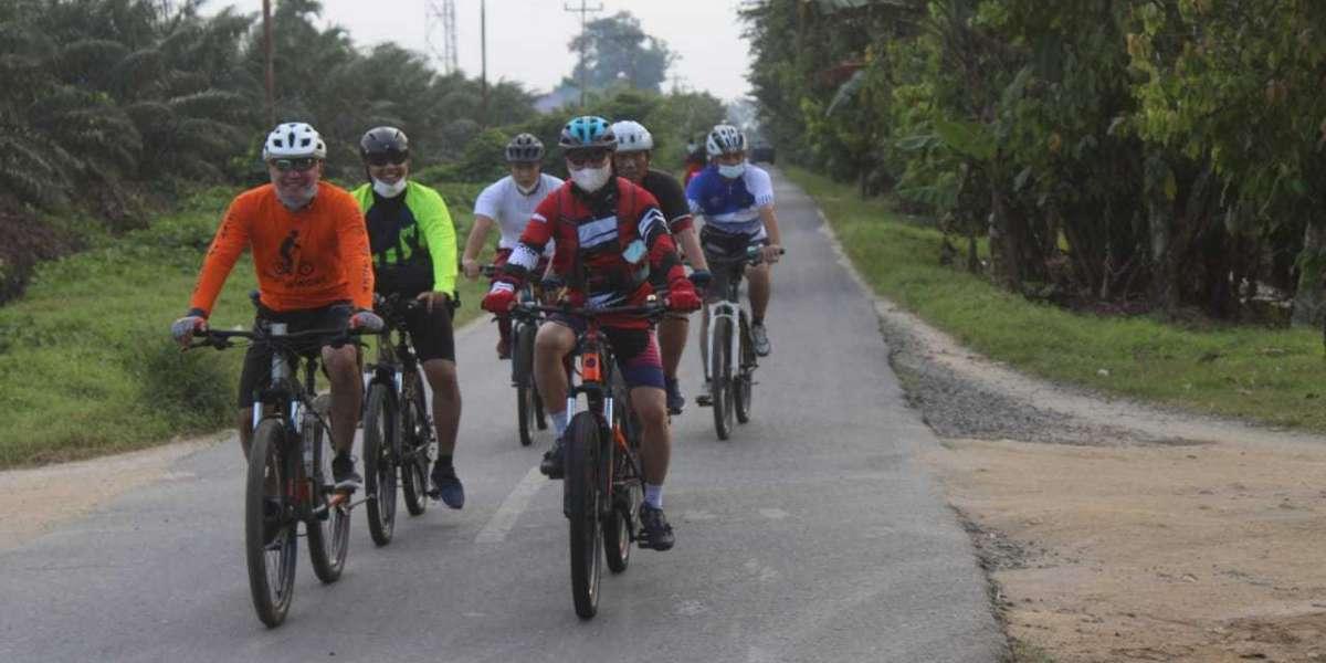 Kapolres Serdang Bedagai Bersama PJU Pantau Situasi Kamtibmas Dengan Gowes Sepeda di Wilkum Polres Sergai