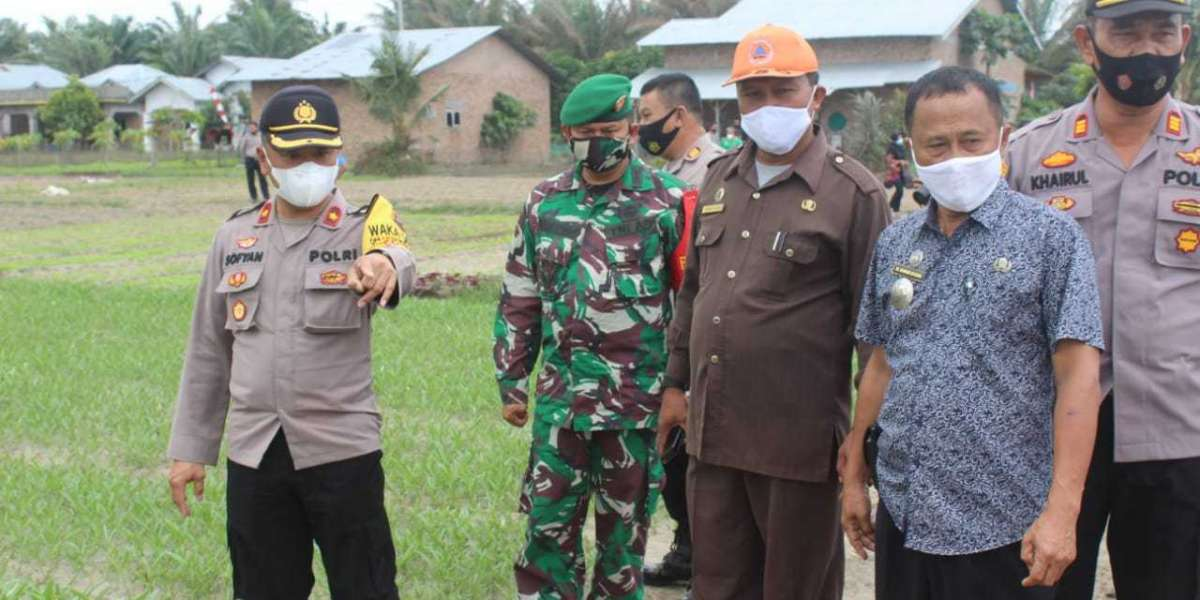 Dukung Program Kapolri, Polres Sergai Resmikan Kampung Tangguh Desa Pulau Gambar