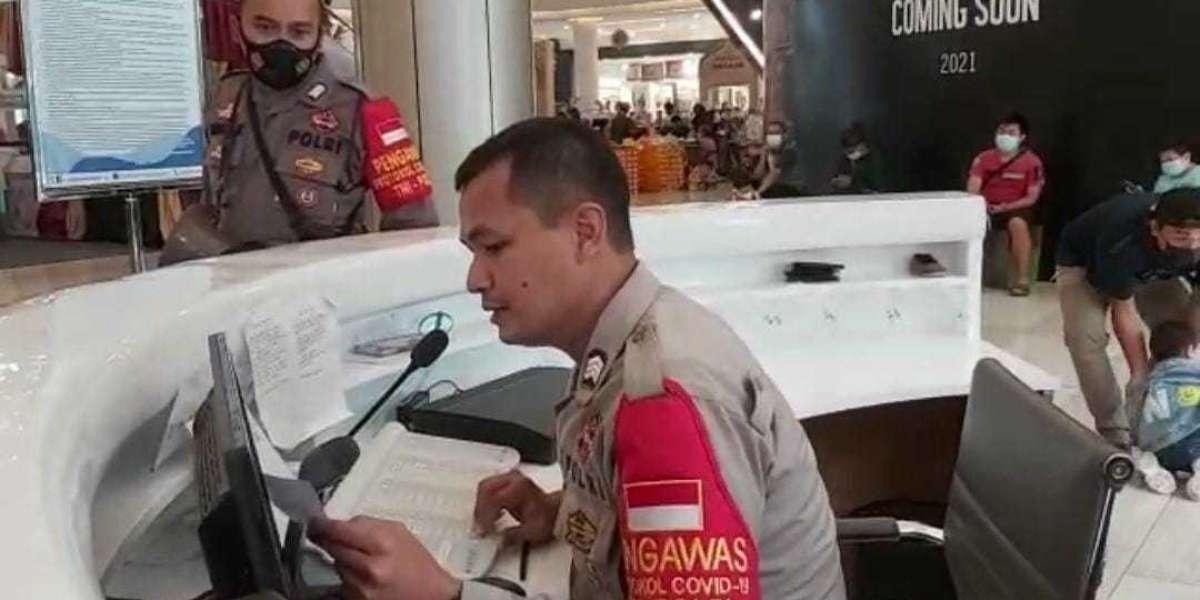 Polsek Panongan Polres Tangerang, Sosialisasikan Prokes di Mall Ciputra