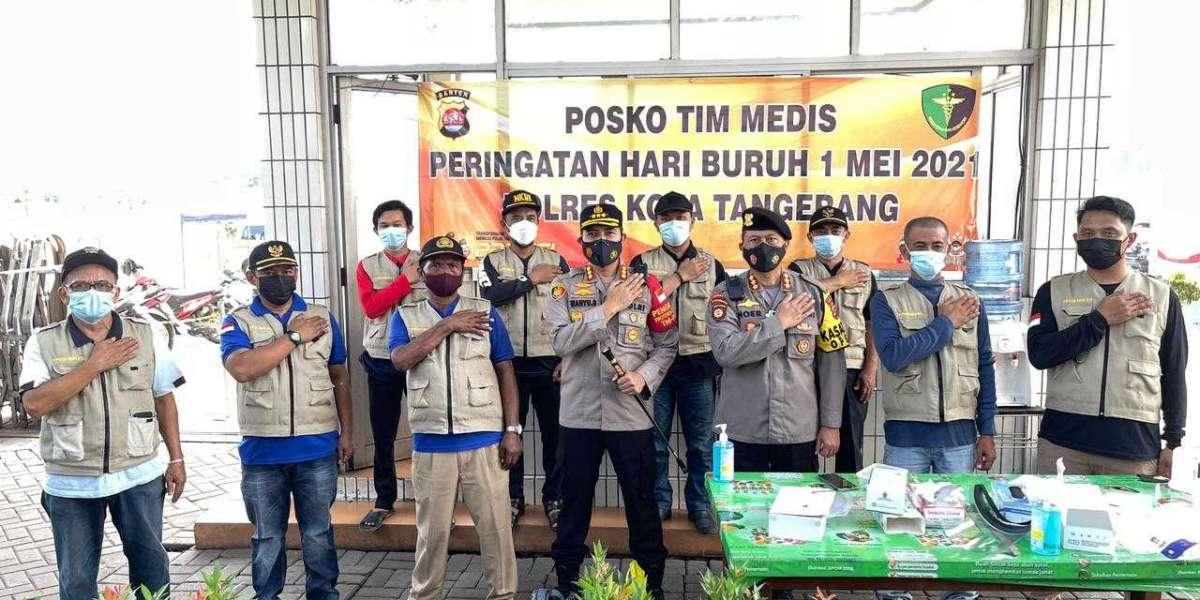 Polda Banten dan TNI, Gelar Pengamanan Bersama Dalam Aksi Sosial Mayday Secara Prokes