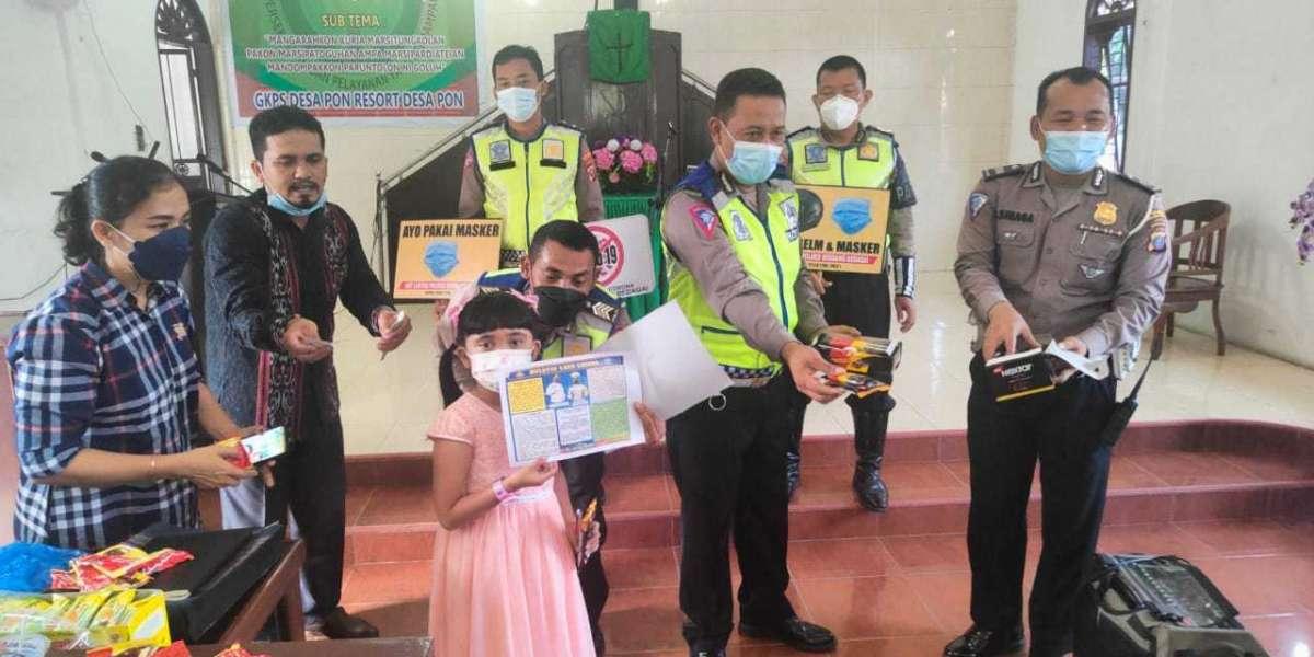 Bersama Lawan Corona, Satlantas Polres Sergai Berikan Himbauan Guru Minggu di Gereja GKPS Desa Pon