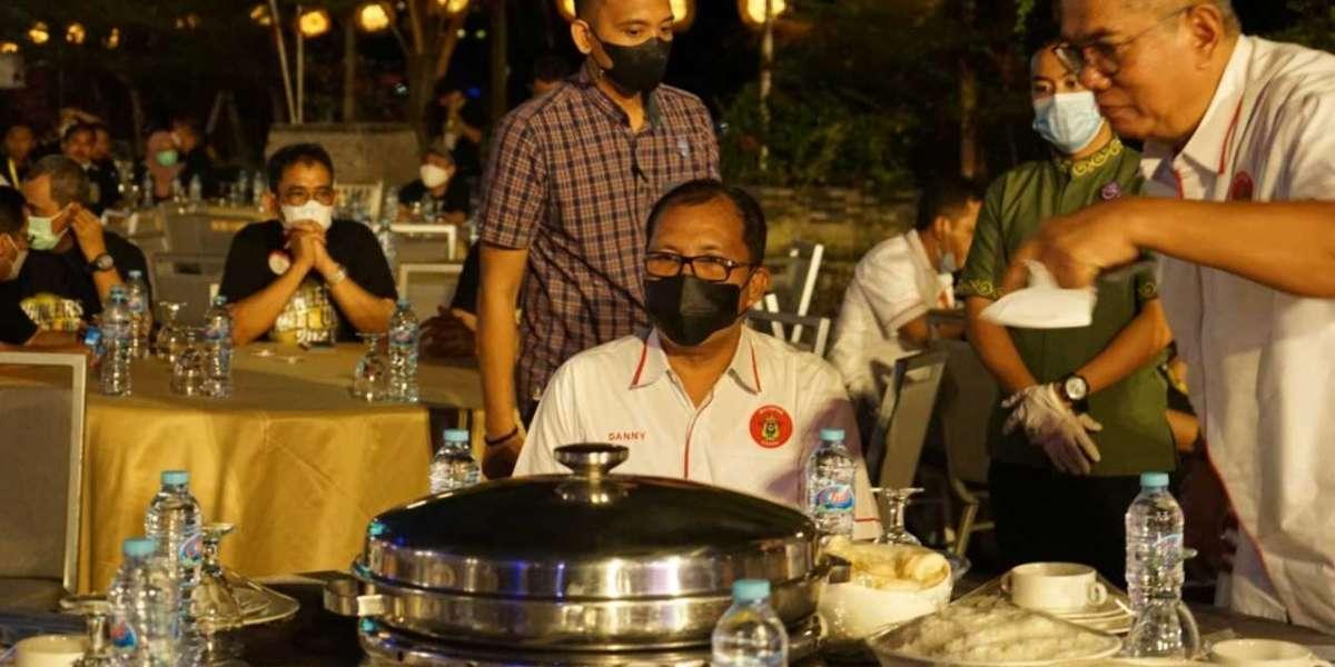 Pelaksana Tugas Gubernur Sulsel dan Walikota Makassar Apresiasi IKATEK Bersinergi dalam Berkarya