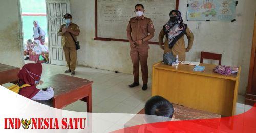 Rutin Dikontrol secara Ketat, Kades Rudi Sofyan Mengingatkan PTM di Sekolah Harus Sesuai Prokes - LAMPUNG